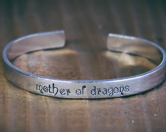 Mother Of Dragons / Game Of Thrones Jewelry / Game Of Thrones Gift / Dragon Jewelry / Daenarys Targaryen / Game Of Thrones Bracelet