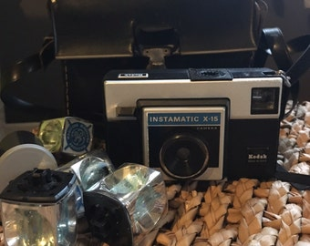 Kodak Instamatic X-15 Camera with Flash Cubes and Camera Carrying Case