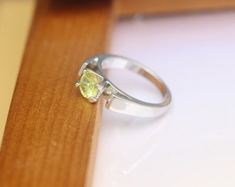 Once Upon A Time jewelry Emma ring green stone ring C206R_US7