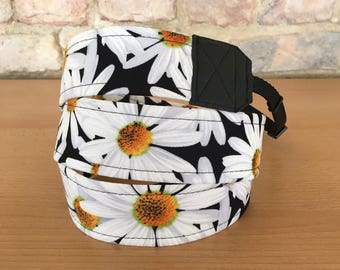Camera strap, camera strap, DSLR, daisies, flowers, camera strap, belt, black, white
