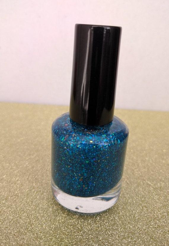 Esmalte de uñas azul turquesa brillo metálico de LiterallyJustOne en ...