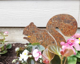 Garden Decor - Metal Garden Squirrel - Garden Art - Yard Decor - Metal Animal