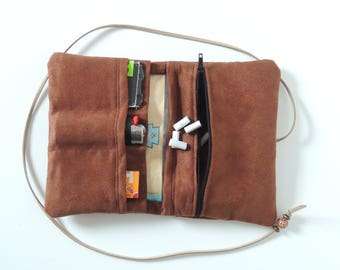 Tobacco pouch Brown - art's suede - zip - Upcycling