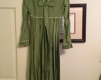 Green Vintage Evening Gown 70s with Bow