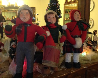 """NEW PRICE Authenticated 24"""" Byers Choice Display Carolers from the 1980s US Shipping Only was 825.95"""