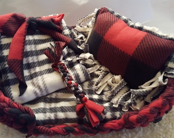 Handmade Fleece Dog Bed