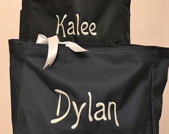 Bridesmaid tote, Set of Four Navy Blue Tote Bags, Custom tote bag, Personalized Carry all tote,  Mother of the Bride, Bachelorette,