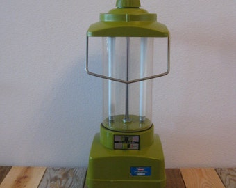 Reto, Vintage, 70s Ray-O-Vac, Sportsman 360, Fluorescent Lantern TESTED-WORKS