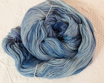Socks wool cloth white 100 g hand dyed yarn of watercolor blue heaven so close