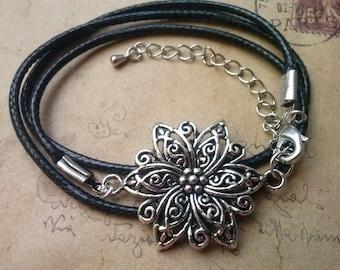 Flower bracelet, Bead Bracelet-black-