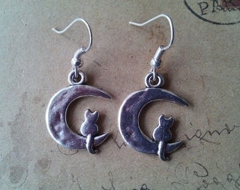 Cat in the Moon earrings ~ silver ~