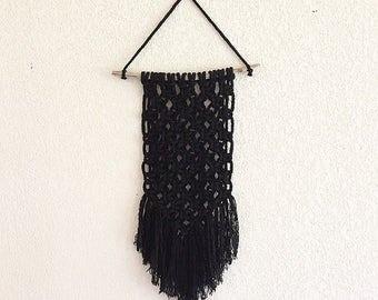 Keme - Macramé wall black
