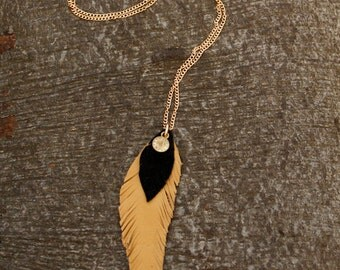 Leather feather necklace - black, beige, gold