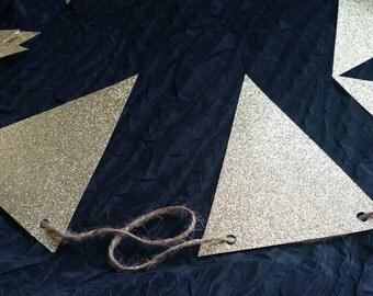 Small Simple Gold Glitter Pendants