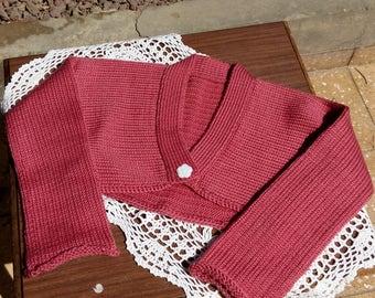 Girls fuchsia bolero.Fuchsia bolero jacket for girl.Girl short cardigan.Fuchsia knitted shrug.Longsleeve shrug for girl.Girl bolero knit.
