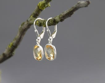 Earrings citrine silver antique cut faceted square Briolett