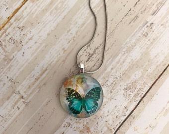 Butterfly pendant necklace blue