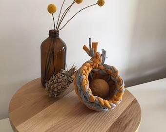 Handmade woven basket (small)