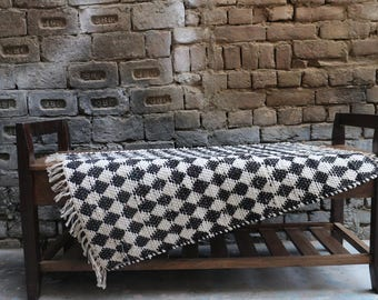 Handwoven Rag Rug, Chindi Rug, Zig Zag, Geometric Pattern, Symmetry, Dhurrie Rug, 2 x 3 Rug, Indian, Handmade, Small Rug, FREE SHIPPING