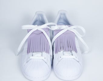 Lilac patent leather fringe