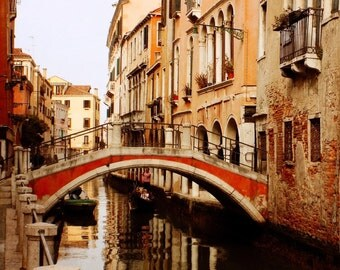 Pretty Venetian Print, Venice Italy Decor, Travel Photography, Romantic