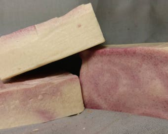 Lilac / Cold Process / Handmade / Bar Soap