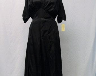 1940's Long Black dress with Vneck