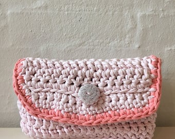 Sweet summer clutch in peach color
