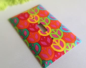 Rainbow Peace Signs Switchplate - Light Switch Cover - Kids Room Decor - Outlet Cover - Switchplates - Light Switch Covers - Home Decor