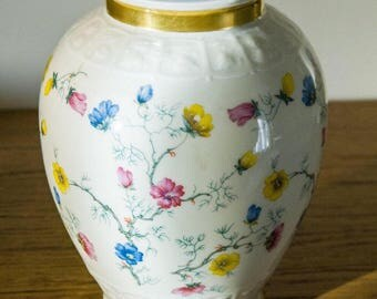 OUTLET!!! ... Antique porcelain vase Hertel Jacobs Bavaria 1930