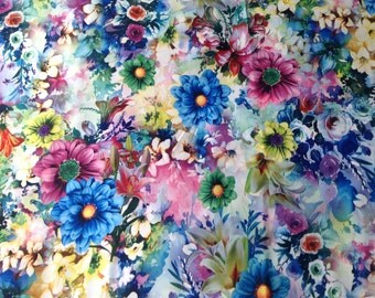 Wow stunning floral polyester dress Fabric. 140cm wide x 2.8 m length