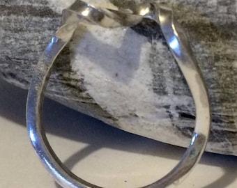 Beautiful twist looped sterling silver ring 3mm width choose size