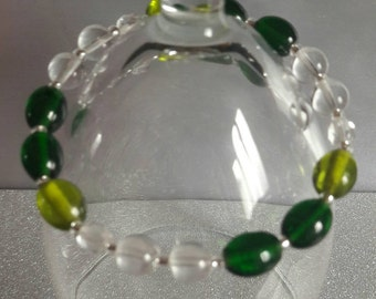 green and clear glass bead bracelet and earrings