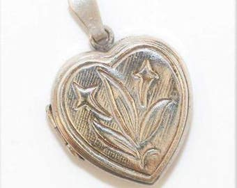 Vintage Sterling Silver 925 Opening Heart Locket Pendant Charm Flower Detail