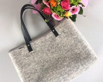 Wool felt tote bags