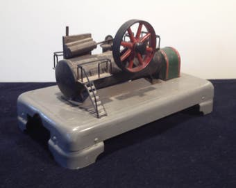 1940 's German steam engine model
