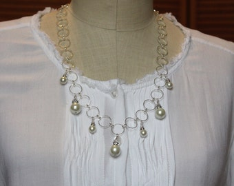"""Pearl necklace """"White Cloud"""""""