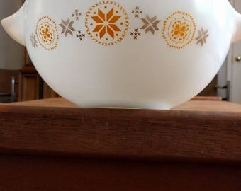 Pyrex 444 Town and Country Cinderella Mixing Bowl 4 Quart