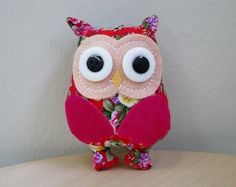 Handmade Fabric Plush Owl Keychain (Red)