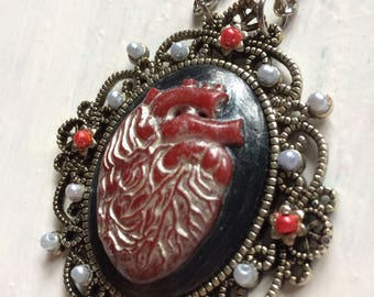 Silver Heart Cameo Necklace
