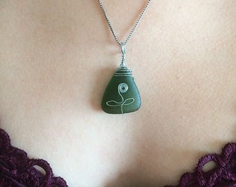 Flower Pendant: Wire Wrapped Sea Glass