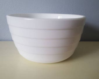 Vintage Anchor Hocking deep mixing bowl