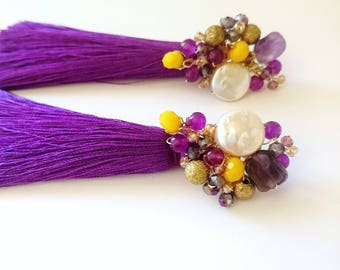 Lila tassel earrings with a coin pearl, amethyst, achat beads  and crystals