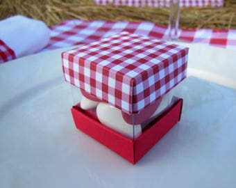 8 boxes cardboard dragees Mini-cube, Cube, Cube duo, red gingham and white, lace