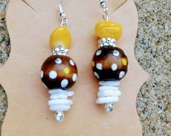 Wood bead shell earrings