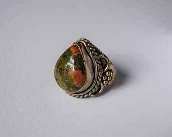 sterling silver and stone ring. size 8.