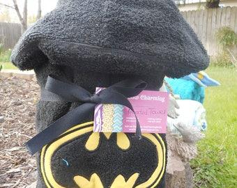 Hooded bat towel - superhero