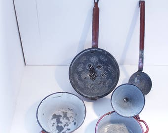 Vintage - various kitchen utensils made of enamel