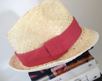 Straw Hat with red white lines
