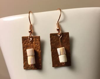 Red lip shell and textured copper earrings